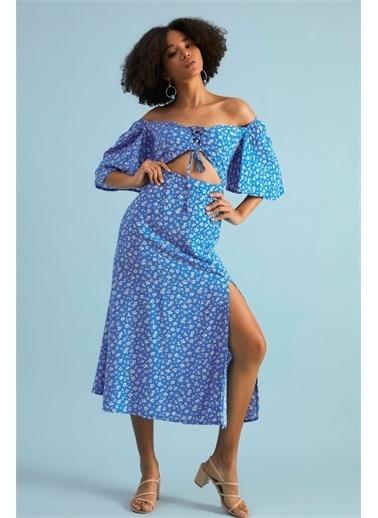 Z Giyim Kadın  Kahverengi Desenli  Ön Biritli Kordonlu Elbise Mavi